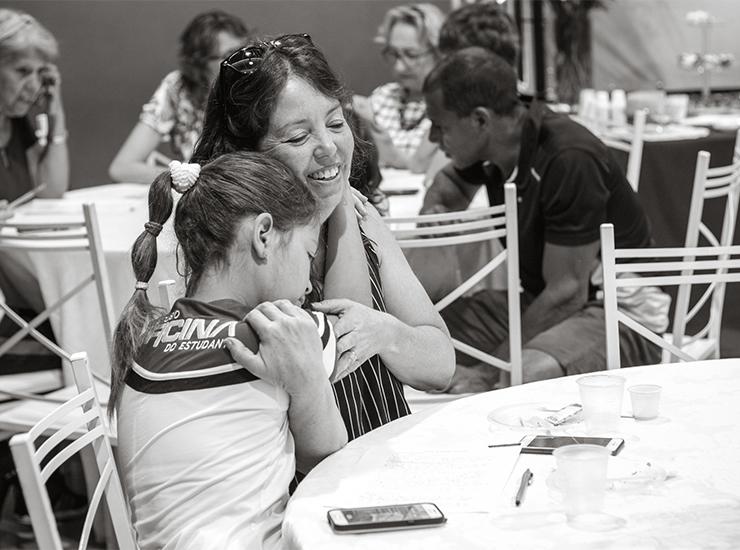 Famílias no Encontro de Gerações  - Cursinho Campinas Oficina do Estudante - PRÉ-VESTIBULAR CAMPINAS - O curso que mais aprova nos vestibulares da Unicamp,Fuvest,Unesp,Ufscar,Unifesp.