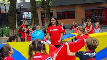 Bora Lá do Fund I integra crianças  - Pré Vestibular Campinas  - Ensino Médio Campinas - OFICINA DO ESTUDANTE