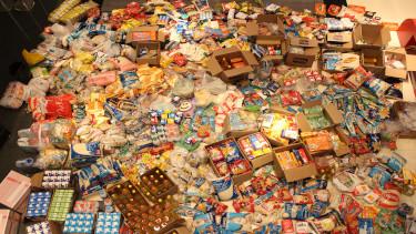 Oficina entrega 1t de alimentos para ONG - Pré Vestibular Campinas  - Ensino Médio Campinas - OFICINA DO ESTUDANTE